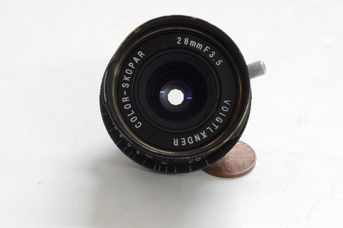 Voigtlander 28mm f3 5 Color-Skopar RARE BLACK PAINT VERSION L39 rangefinder  coupled with black paint lens hood, Voigtlander L39/M mount adapter for