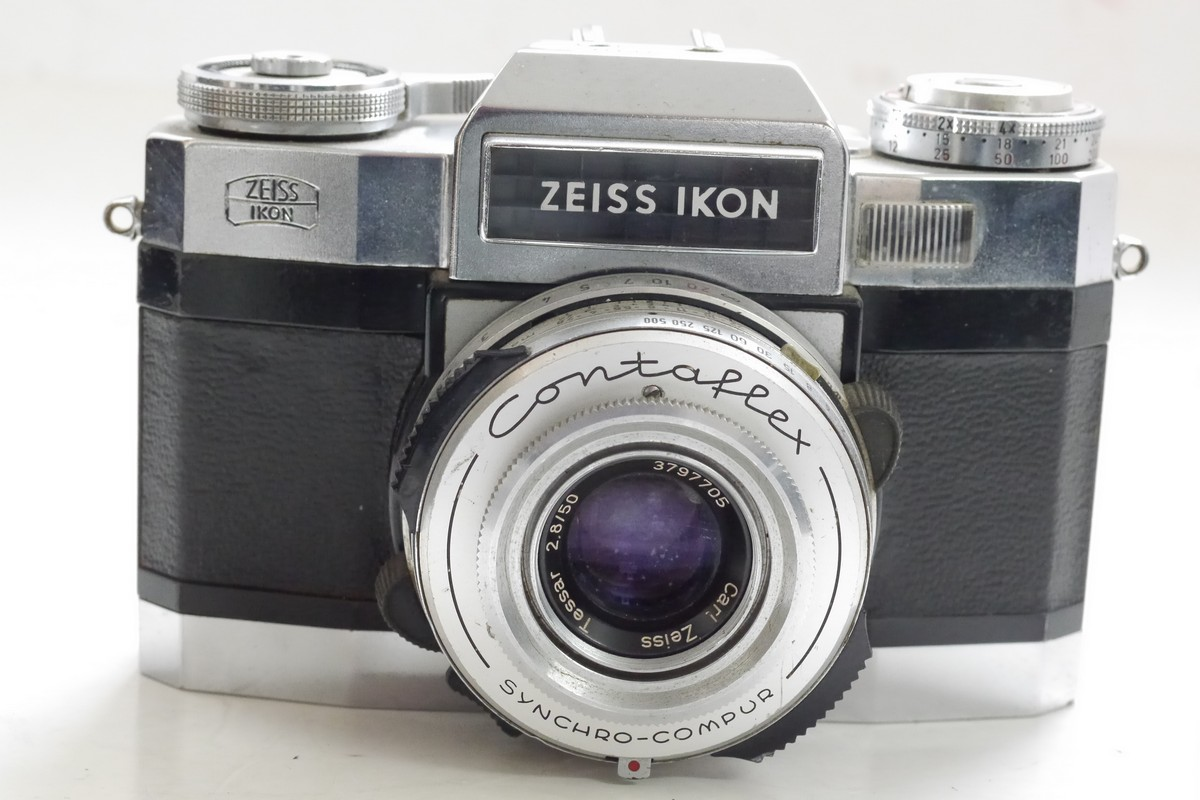 Zeiss Ikon Contaflex Super 35mm selenium metered SLR with 50mm f2 8 Tessar,  with interchangeable magazine back - MW Classic Cameras