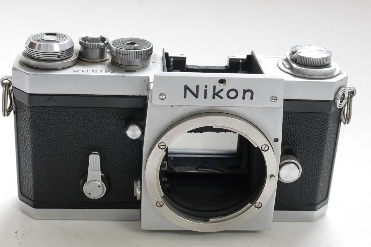Nikon F Chrome Body (No.7281181). No Finder