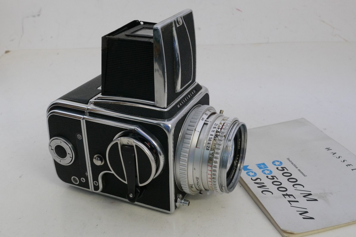 Hasselblad 500C/M with waist-level finder, A12 Magazine back with dark  slide & 80mm f2 8 Planar chrome lens - MW Classic Cameras